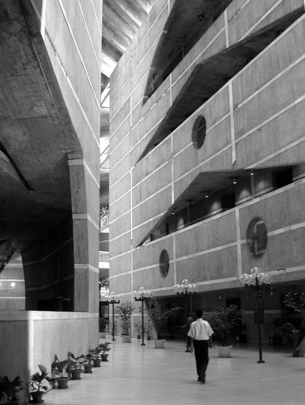bangladesh/parliment_building_4