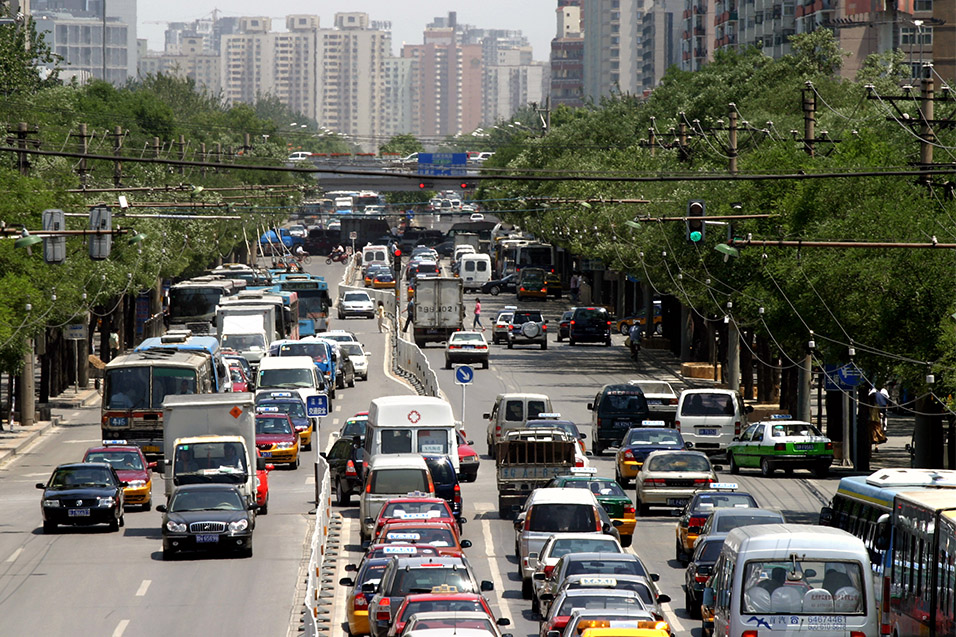 china/2006/beijing_crosstown_traffic