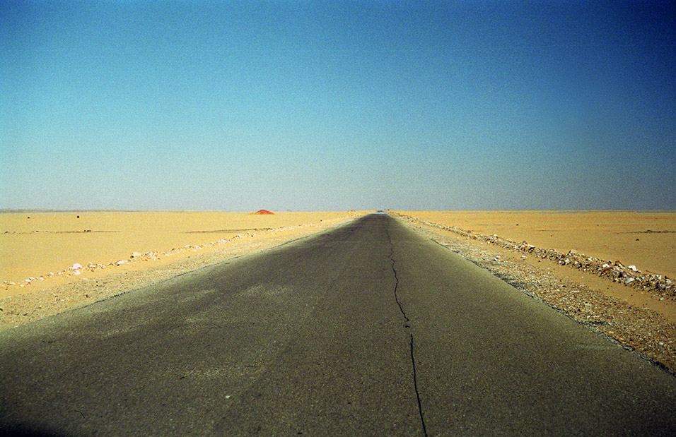 egypt/1996/abu_simbel_road_to_nowhere