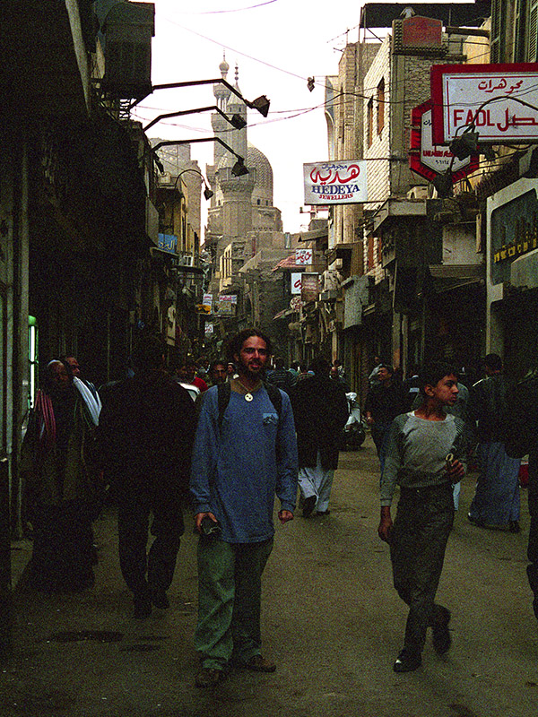 egypt/1996/cairo_islamic_alley_brian