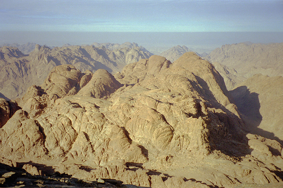 egypt/1998/mt_sinai_view_jebels_2
