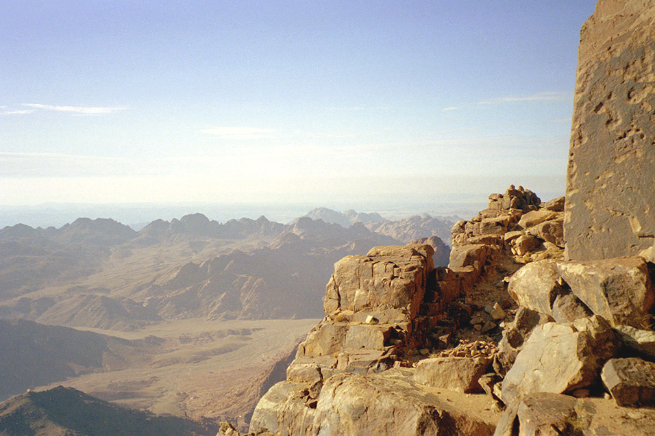 egypt/1998/mt_sinai_view_top_2
