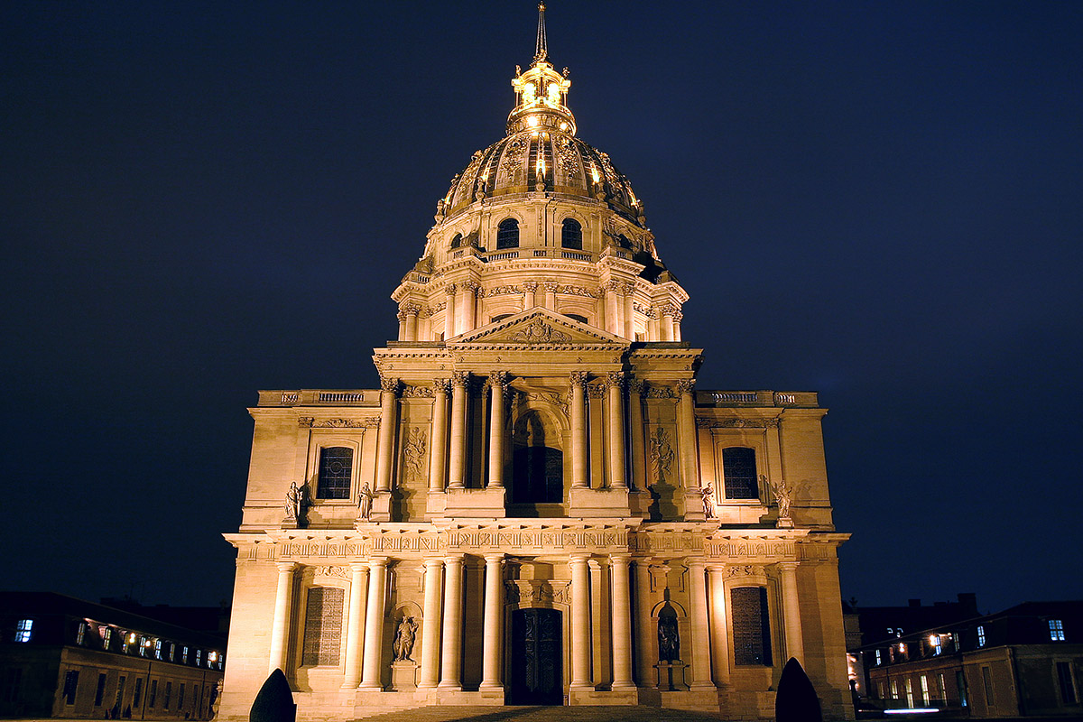 france/paris_les_invalides_night