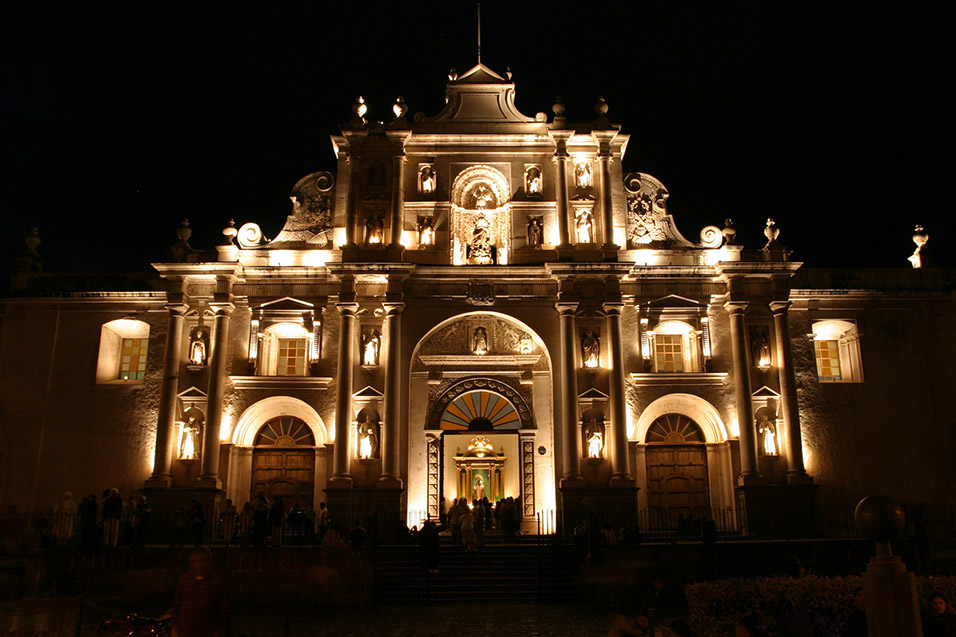 guatemala/antigua_catedral_de_san_jose_night