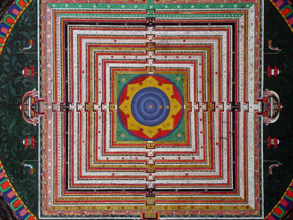 india/bodhgaya_bhutan_temple_ceiling