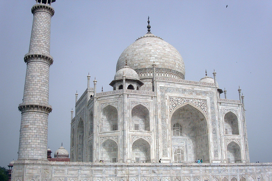 india/taj_mahal_one_tower
