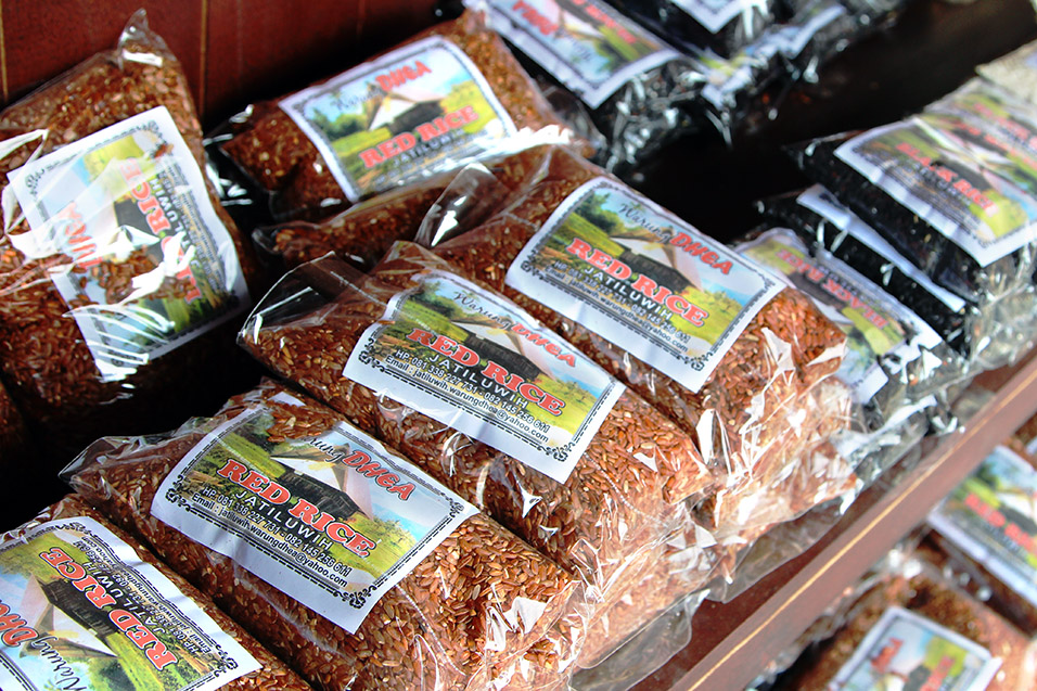 indonesia/jatiluwih_red_rice_packages