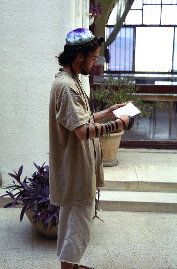 israel/safed_brian_tefillin_side