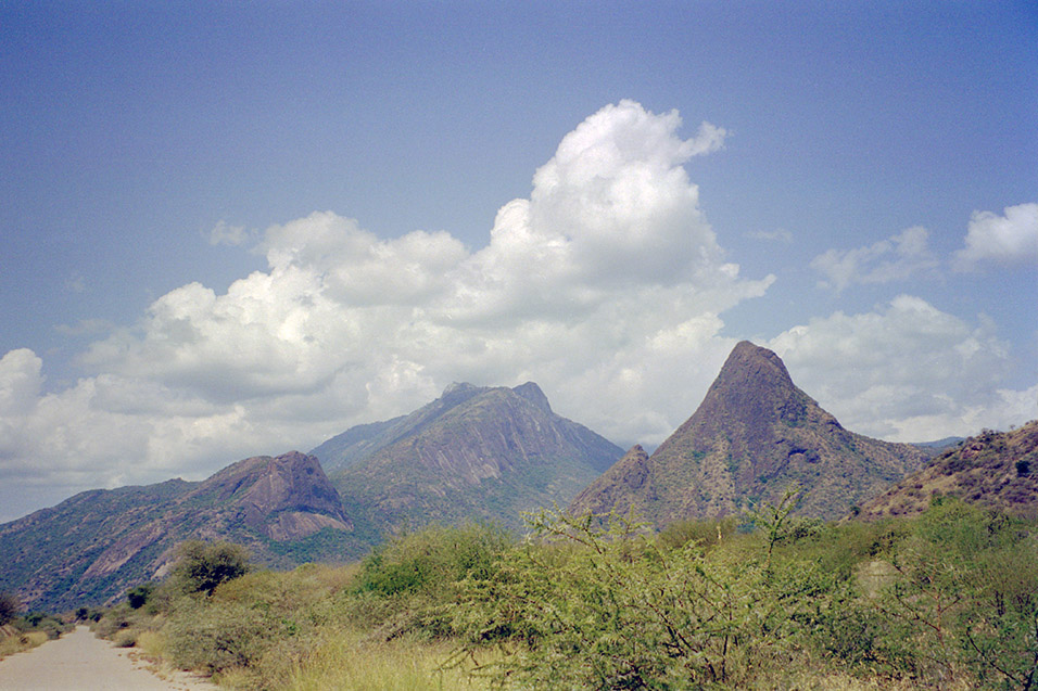 kenya/turkana_travels_with_fortune_mountain