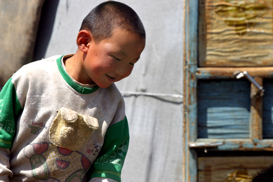 mongolia/countryside_boy
