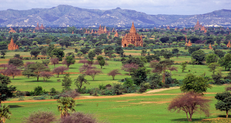 myanmar/bagan_temple_horizon