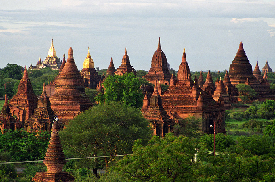myanmar/bagan_temple_view_afternoon