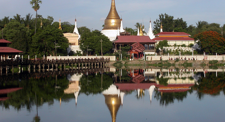myanmar/mandalay_thinga_yazar_reflection