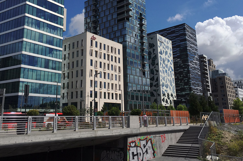 norway/oslo_business_district