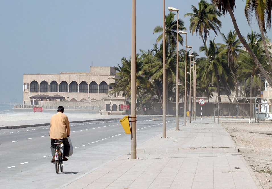 oman/salalah_beach_road