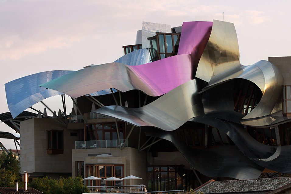 spain/2011/rioja_hotel_marques_de_riscal_sunset