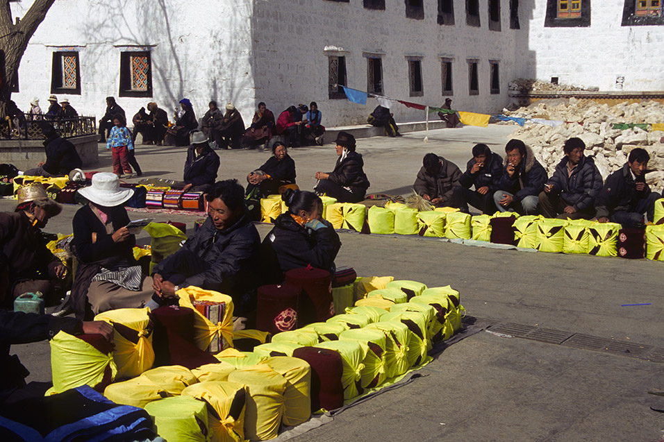tibet/lhasa_local_market
