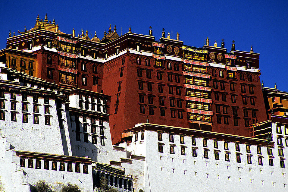 tibet/lhasa_potala_up_close
