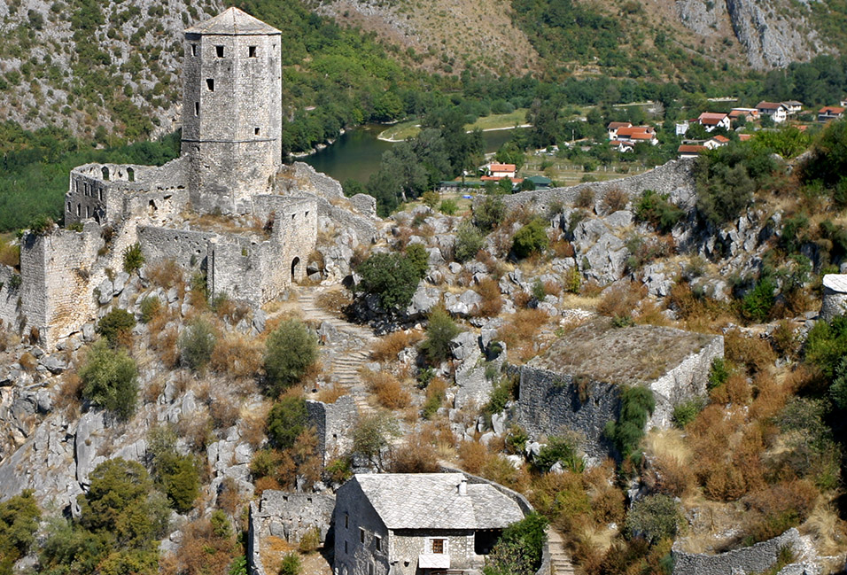 bosnia/pocitelj_tower_stone