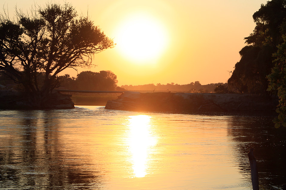botswana/maun_old_bridge