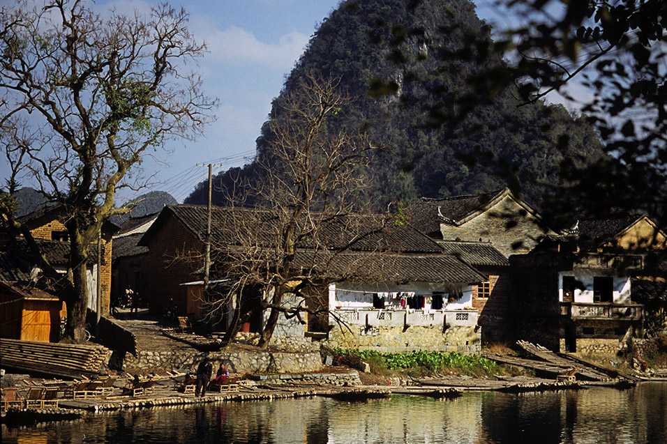china/2004/yangshuo_yulong_rafts