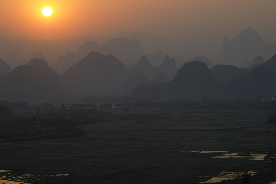 china/2007/yangshuo_shitoucheng_sunset_view_3