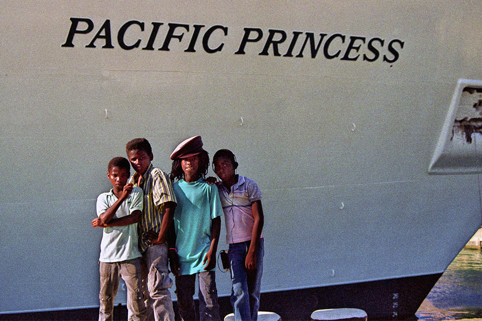 cruise_ships/rastas_pacific_princess