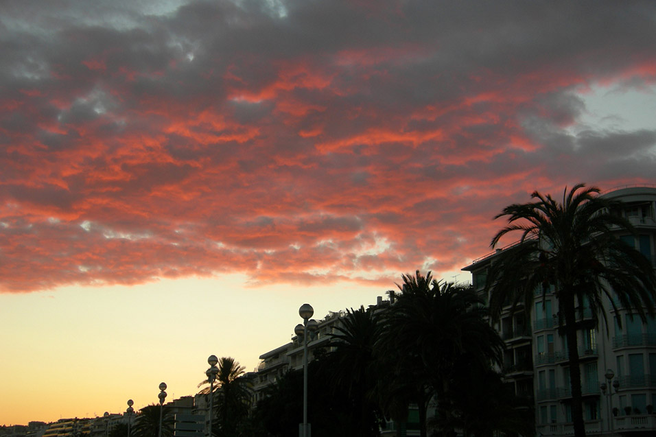 france/nice_sunset_red