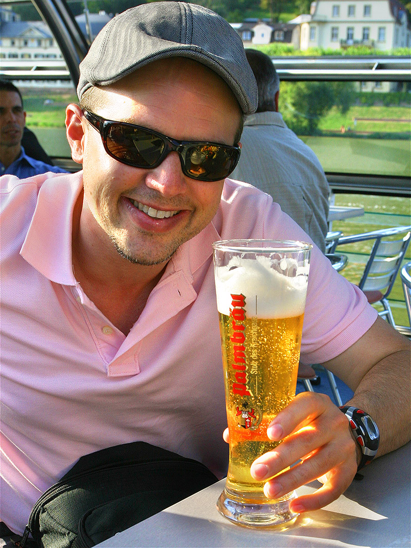 germany/hb_boat_brian_beer