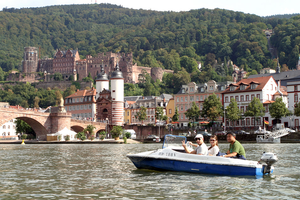 germany/hb_boat_ed_tam_rich