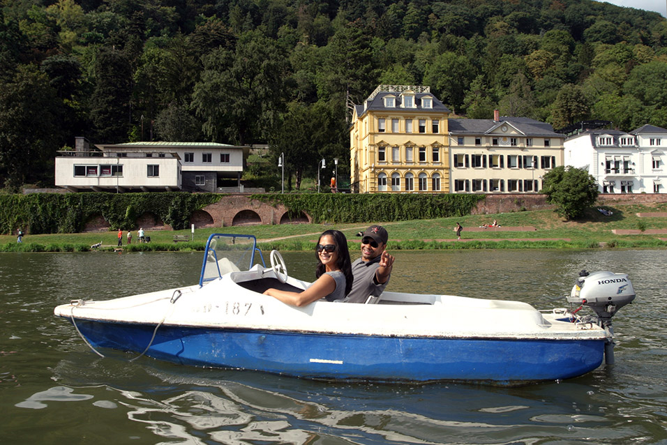 germany/hb_boat_lisa_sho_point