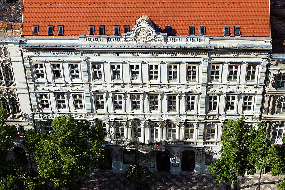 hungary/budapest_historic_white_building