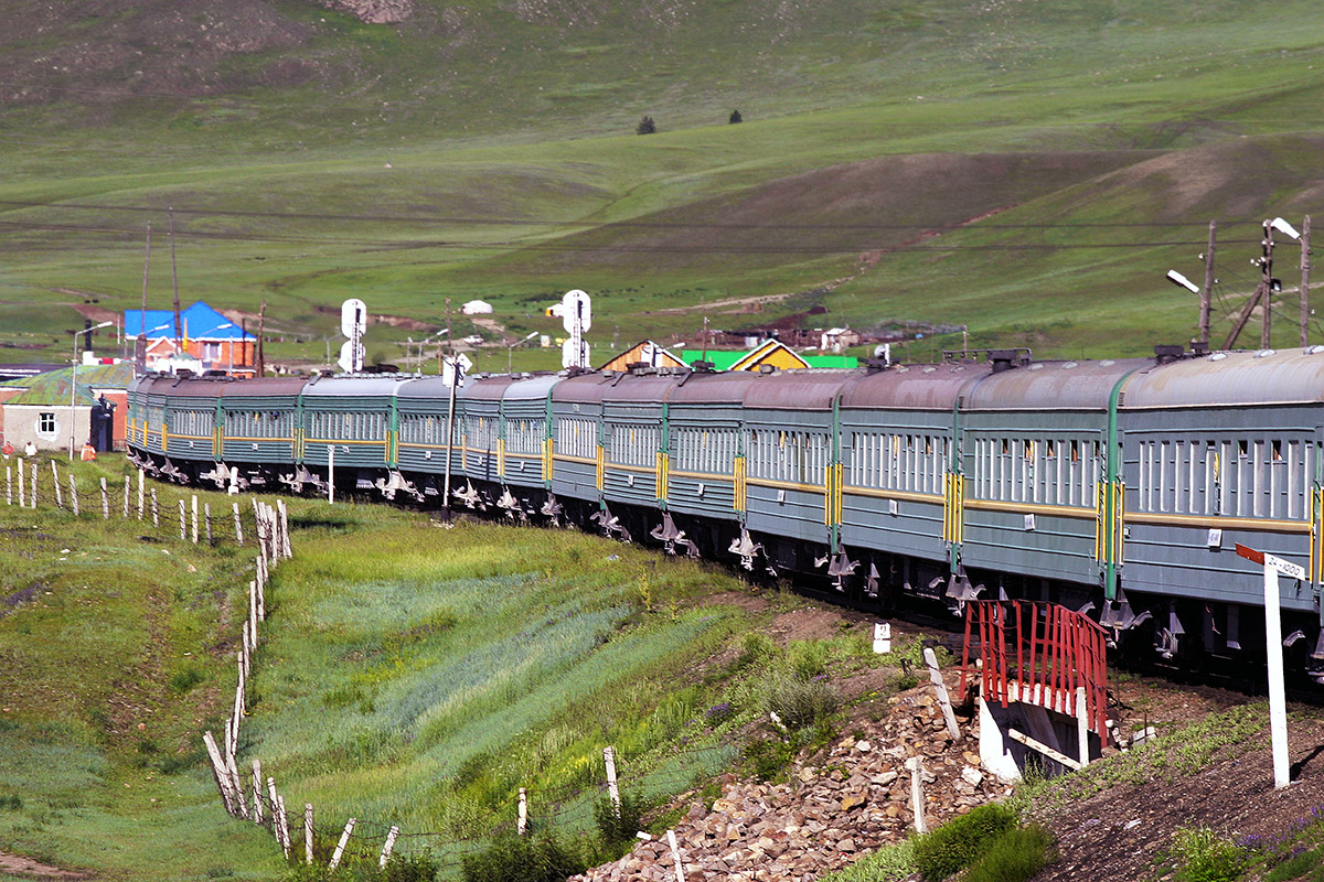 mongolia/train_view_of_train