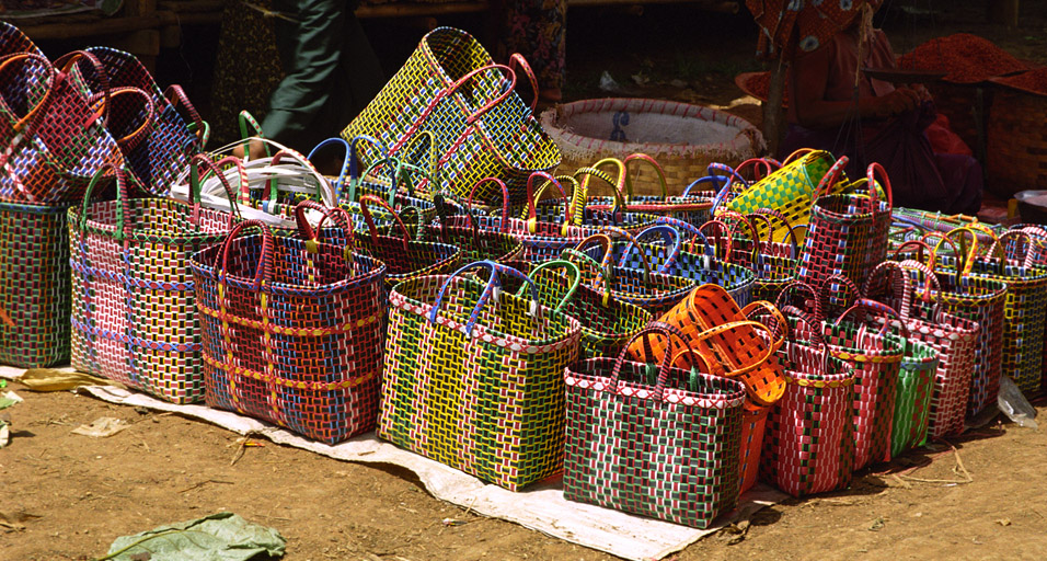 myanmar/inle_baskets