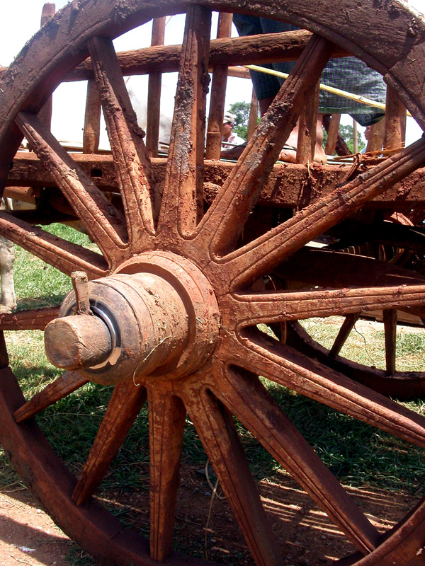 myanmar/inle_lake_wheel