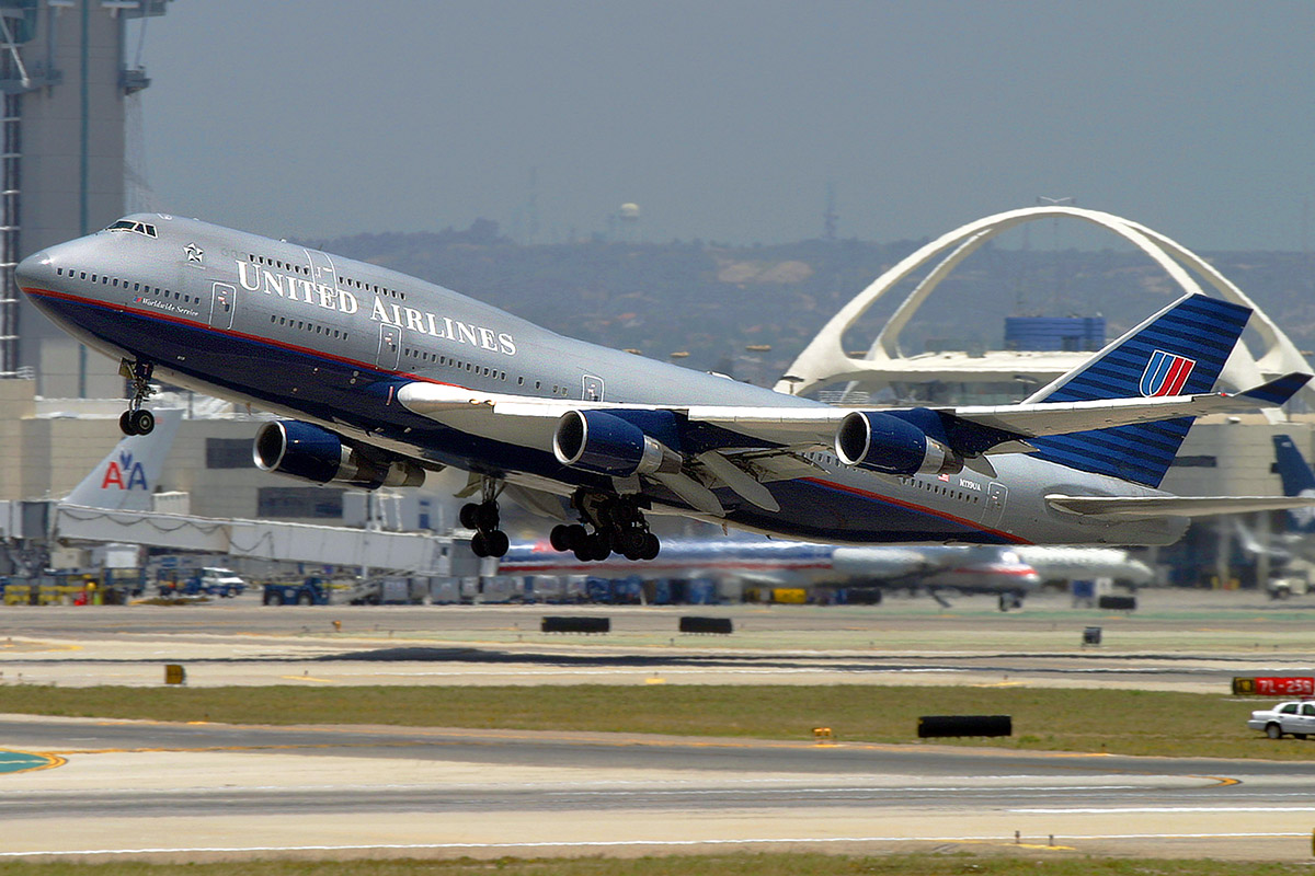 usa/los_angeles/united_747_takeoff